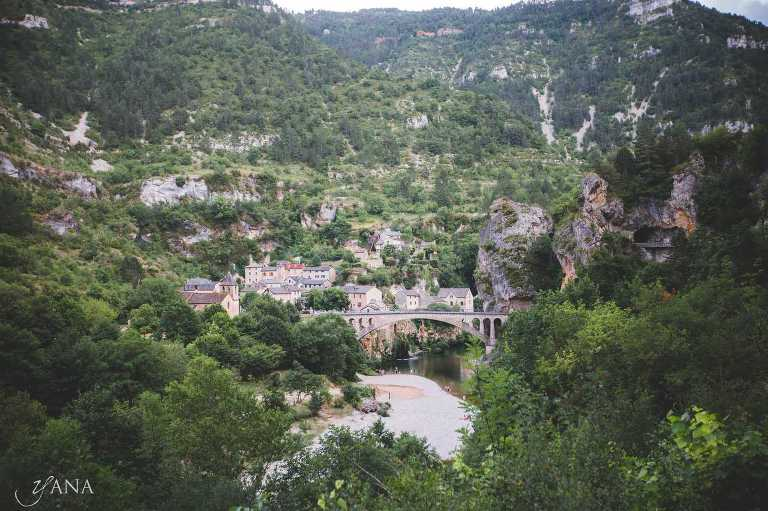 Mountain villages of Provence, South of France/ www.yanaphotography.eu